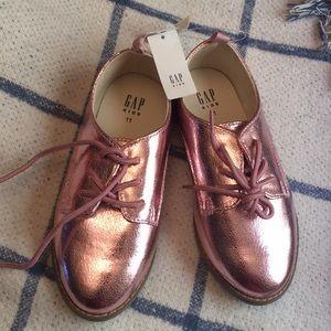 Gap kids metallic Oxford shoes
